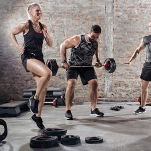 właściwa dieta poprawia siłę sportowca