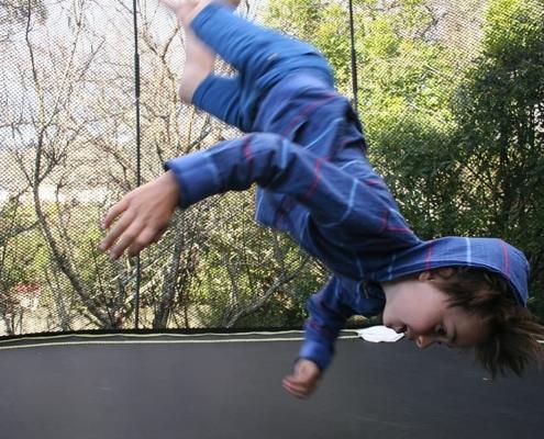czy trampolina jest bezpieczna