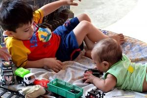 aktywność fizyczna niemowląt